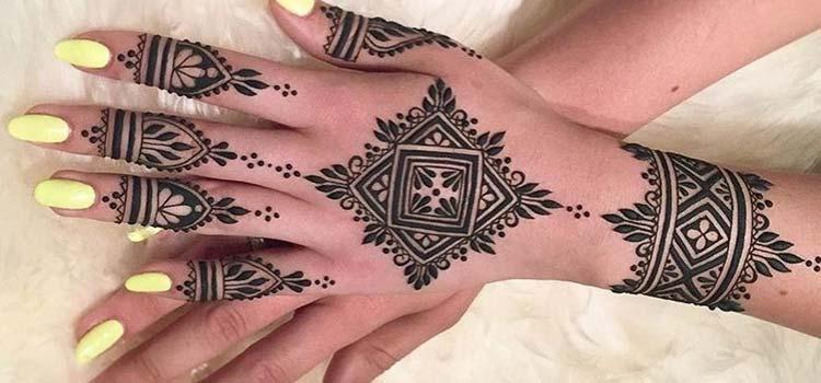 Moroccan mehndi