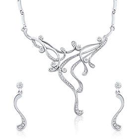 Oviya Go Glam Necklace Set