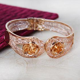 Sparkling Copper Bracelet
