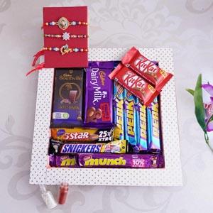 Set of 3 Rakhi With Chocolates and Tray
