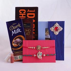 Set of 2 Ganesha Rakhi With Chocolates