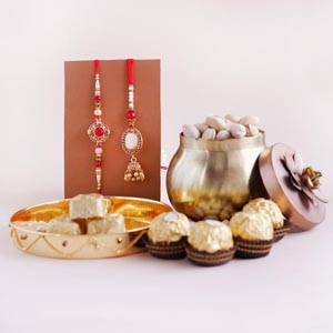Bhaiya Bhabhi Rakhi with Pistas and Chocolates
